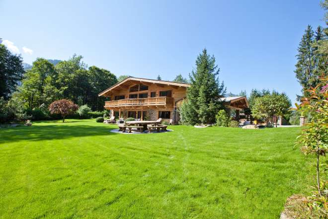 """Country house at the lake """"Schwarzsee"""" - one of a kind"""