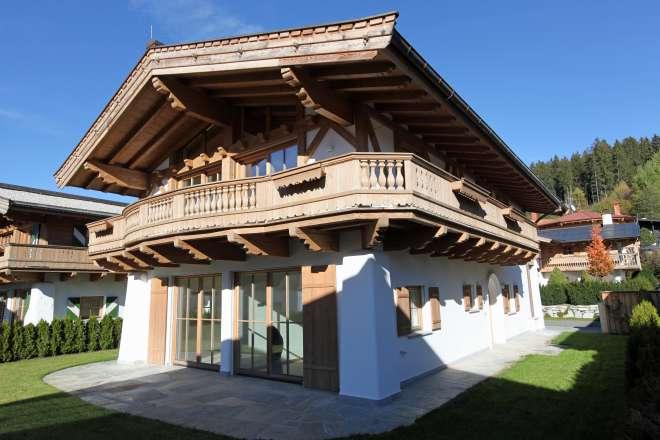 Nettes, neues Tiroler Haus in ebener Sonnenlage