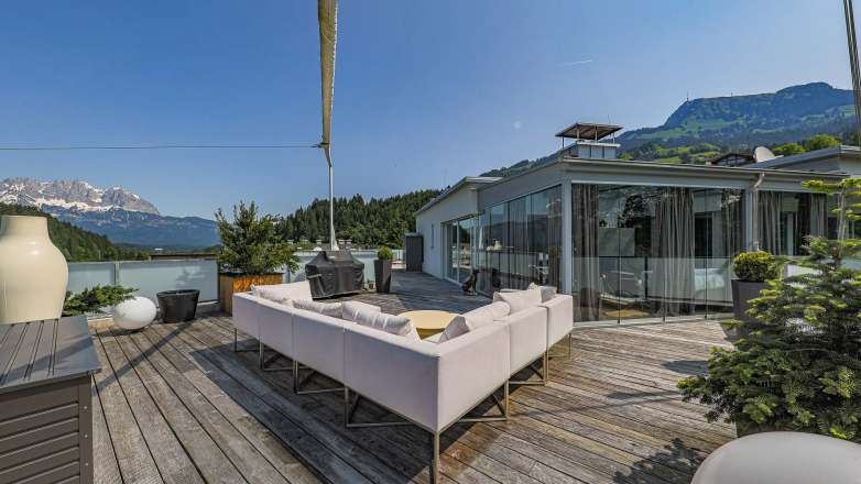 Fantastic penthouse with 360 degree panoramic views