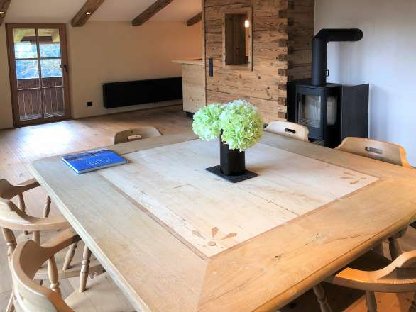 Attic flat within a rural ensemble in dreaming location